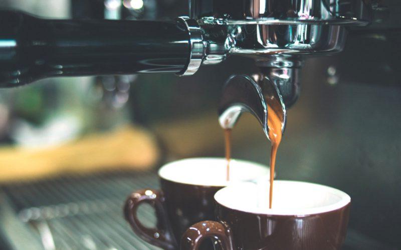 jaka kawa pobudza